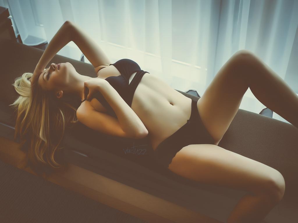 sesja buduarowa - intymna i zmysłowa fotografia kobieca. katowice