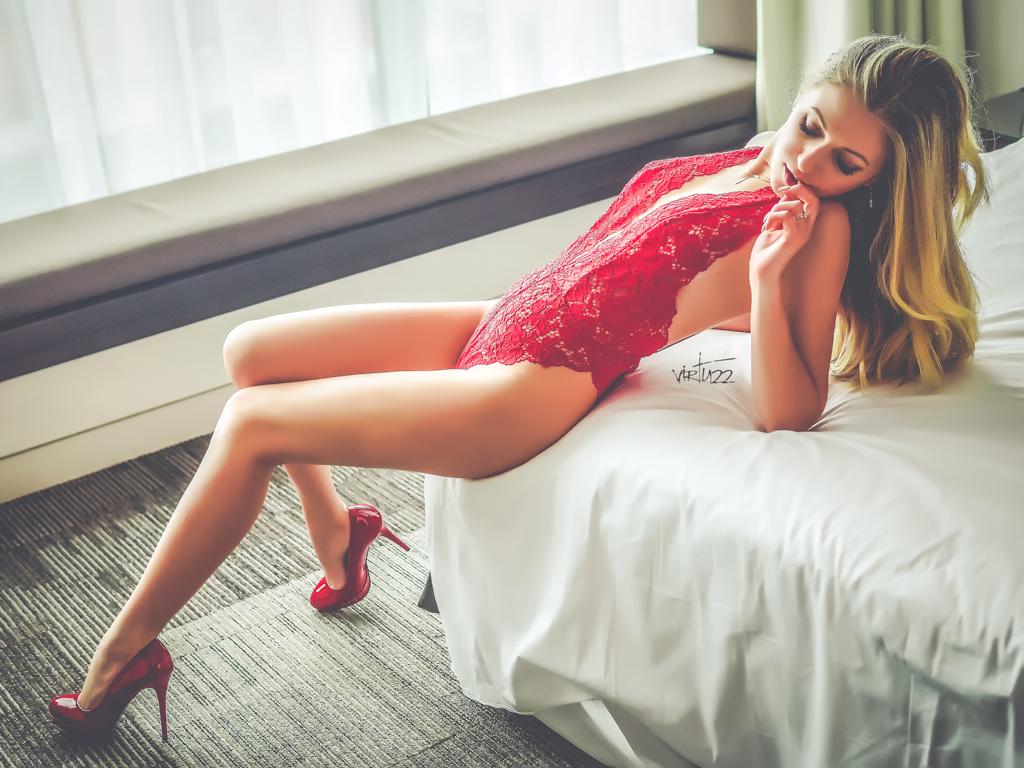 sesja buduarowa - intymna i zmysłowa fotografia kobieca. poznań